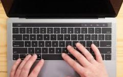 Review:  How to Buy the Right Laptop for College