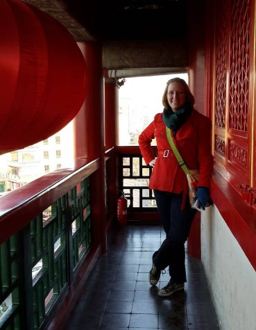 Ms. Elizabeth Shinnick is the humorous, punctual and dedicated new Chinese teacher.